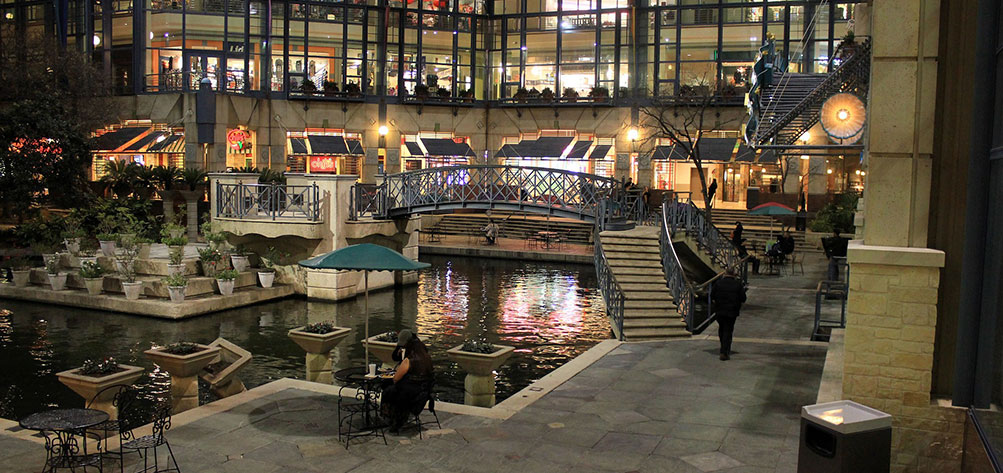 San Antonio Riverwalk Mall Restaurants
