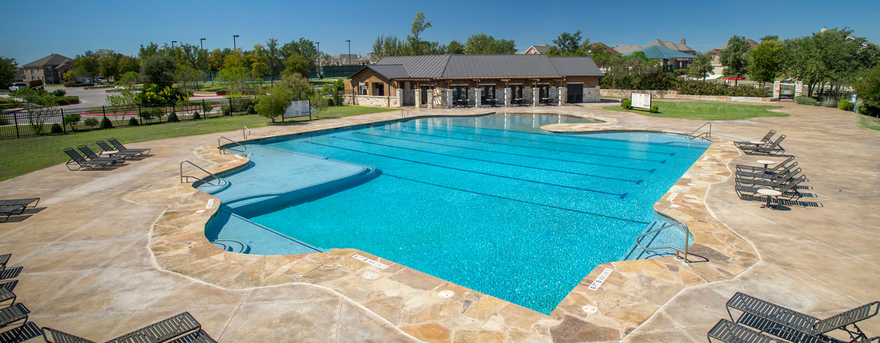 The Pros and Cons of Building a Pool: Is It Right For You?